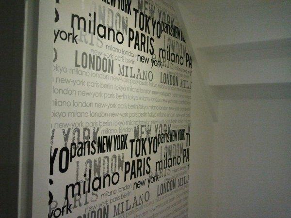 21 novembre 2012 d but de la tapisserie des wc du bas notre maison mikit dans le morbihan. Black Bedroom Furniture Sets. Home Design Ideas